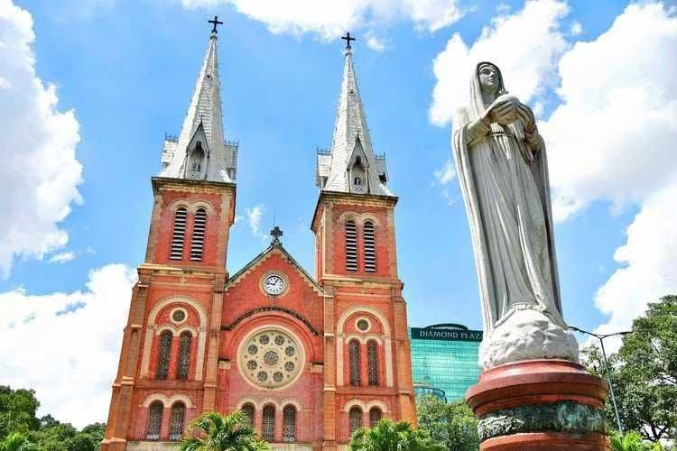 西貢聖母聖殿主教座堂|聖母大教堂|Nhà thờ chính tòa Đức Bà Sài Gòn