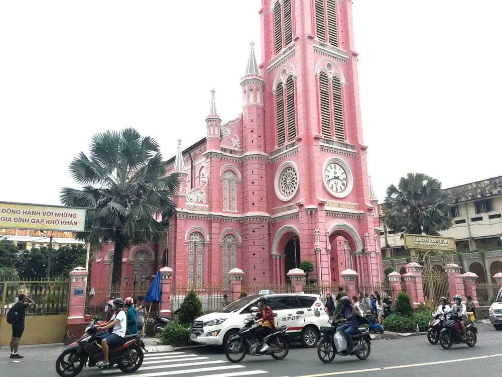 粉紅教堂 Nhà thờ Tân Định